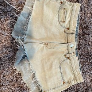 Blank Nyc jean shorts with ombré coloring
